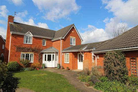 4 bedroom detached house for sale - Winsford Road, Bury St. Edmunds