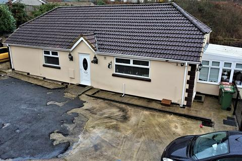 3 bedroom detached bungalow for sale - Bedwellty Road, Elliots Town, New Tredegar, NP24