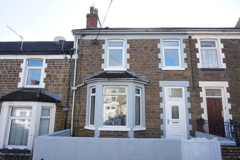 3 bedroom terraced house for sale - Park Road, Bargoed, CF81
