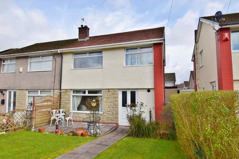 3 bedroom semi-detached house for sale - St Donats Court, Caerphilly, CF83