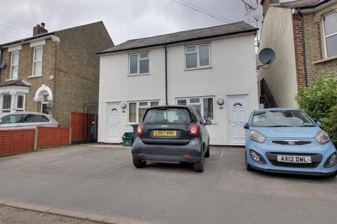 2 bedroom maisonette to rent - Rye Road, Hoddesdon