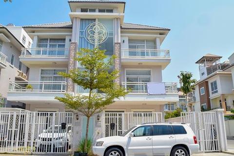 8 bedroom villa - Ou Baek K'am, Sen Sok, Phnom Penh, KHSV05