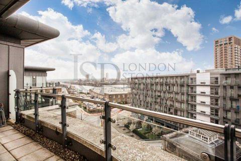 3 bedroom apartment to rent - Building 22, Cadogan Road, Royal Arsenal Riverside, London SE18