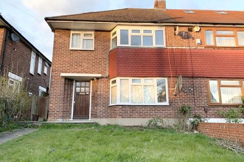 4 bedroom semi-detached house to rent - Morton Way, Southgate, N14
