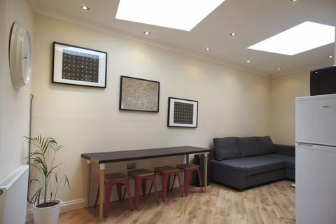 1 bedroom apartment to rent - Turville Street, London