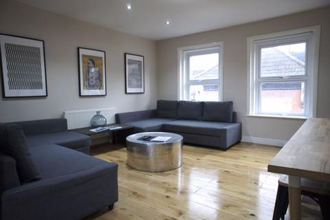 2 bedroom apartment to rent - Fashion Street, London