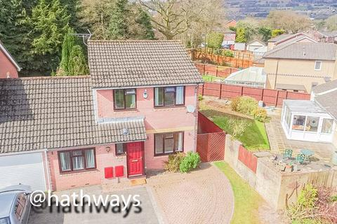3 bedroom house for sale - Gifford Close, Two locks, Cwmbran