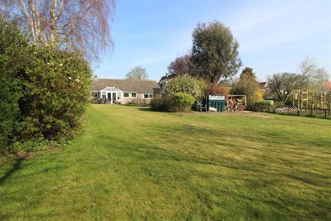4 bedroom detached bungalow for sale - Lime Walk, Felsham, Bury St. Edmunds