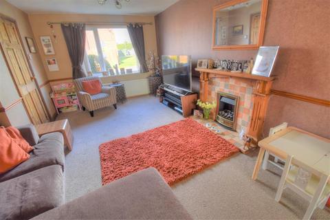3 bedroom semi-detached house for sale - Trentham Mews, Bridlington, YO16 6ED