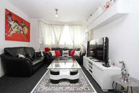 3 bedroom end of terrace house to rent - Perivale, UB6