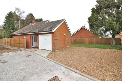 3 bedroom chalet for sale - Windmill Avenue, Dereham NR20