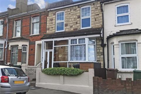 3 bedroom terraced house for sale - Luton Road, Walthamstow