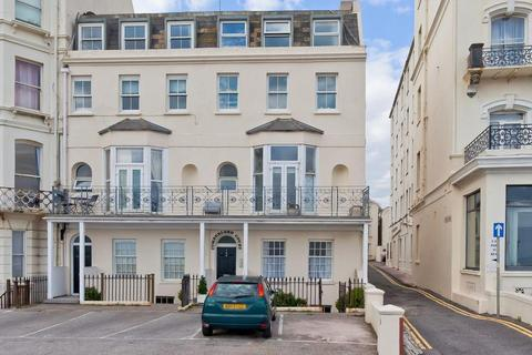 1 bedroom apartment to rent - Kings Road, Brighton, East Sussex, BN1 2PJ