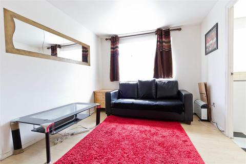 1 bedroom apartment to rent - Draycott Close, Cricklewood, London NW2