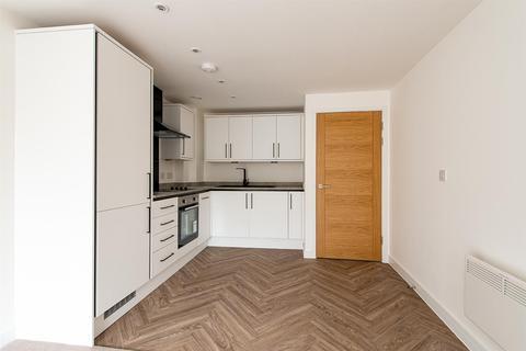 1 bedroom flat for sale - High Street, Sittingbourne