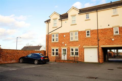 2 bedroom flat for sale - St Cuthberts Court, Ormesby