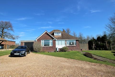 3 bedroom detached bungalow for sale - Bursledon,Southampton