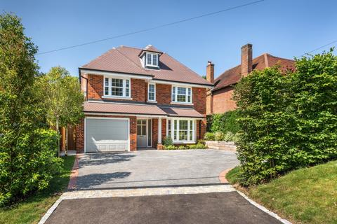 5 bedroom detached house for sale - Magpie Lane, Coleshill, HP7