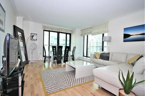 2 bedroom flat to rent - South Quay Square, London, E14 9RU