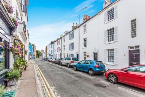 House share to rent - Cross Street, Hove