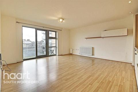 2 bedroom flat to rent - Glebe House, South Woodford, E18
