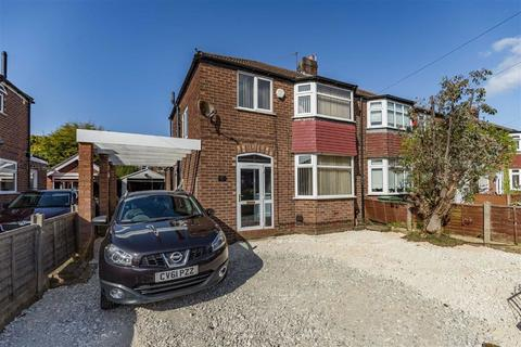 3 bedroom semi-detached house to rent - Newlyn Drive, Sale, Cheshire