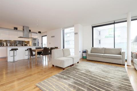 3 bedroom flat to rent - Bolsover Street, Fitzrovia