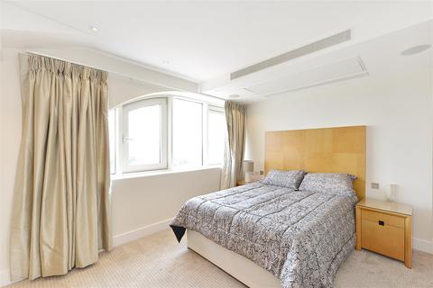 3 bedroom flat to rent - Balmoral Apartments, Praed Street, Paddington
