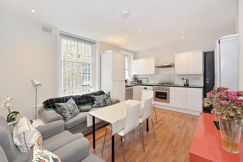 4 bedroom flat to rent - Cavendish Parade, Clapham, SW4