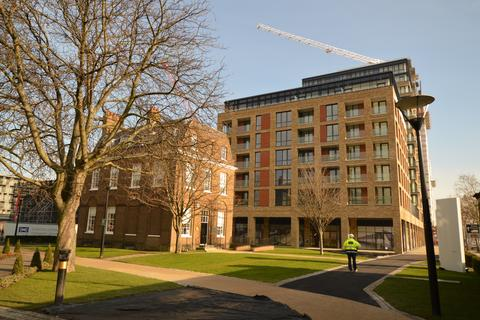 2 bedroom flat to rent - Compton House, 7 Victory Parade, London, SE18