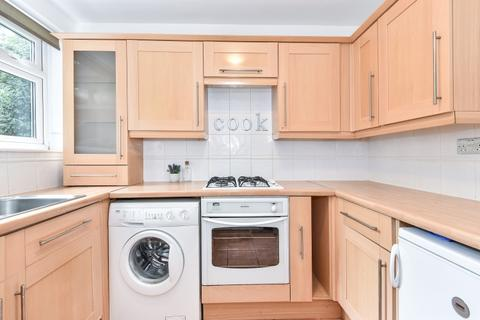 2 bedroom flat to rent - Wisteria Road London SE13