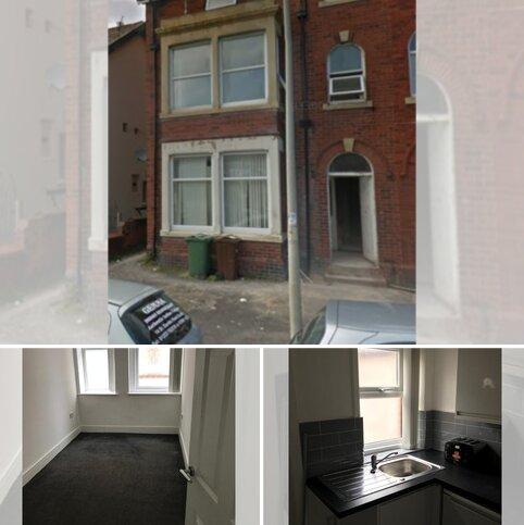 2 bedroom apartment to rent - Flat 1,13 St Albans Road, Lytham FY8
