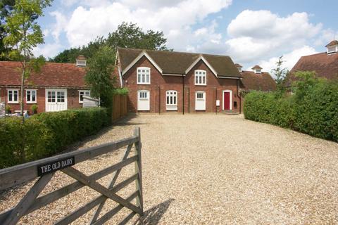 3 bedroom barn conversion to rent - Shire Lane, Hastoe