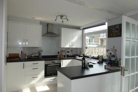 3 bedroom terraced house to rent - Lands court, Brixham TQ5