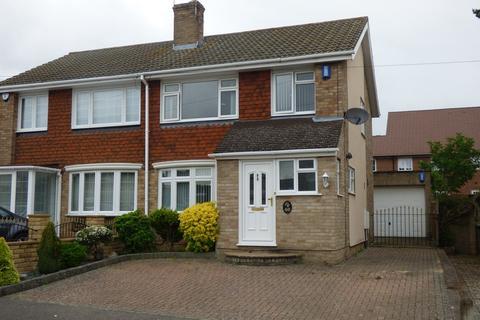 3 bedroom semi-detached house to rent - Charlbury Close, Maidstone, ME16