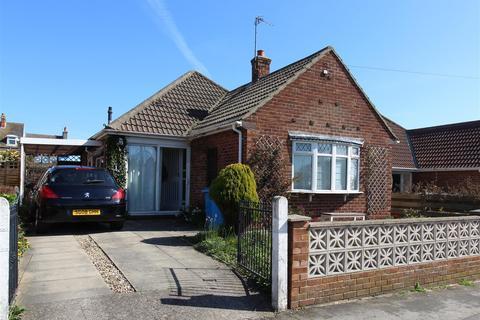 2 bedroom detached bungalow for sale - Constable Road, Hornsea