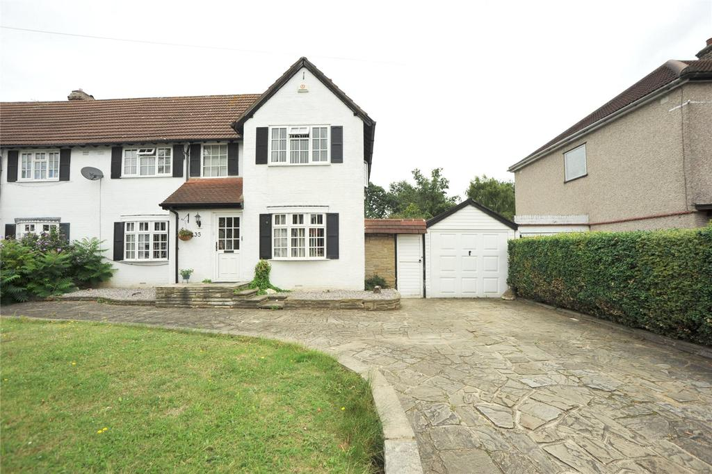 4 Bedrooms Semi Detached House for sale in Osborne Road, Hornchurch, RM11