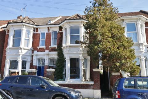 4 bedroom semi-detached house for sale - 18 Taswell Road, Southsea