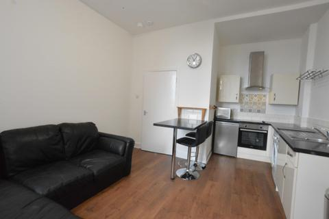 2 bedroom flat to rent - Duke Street, Dennistoun, Glasgow, G31