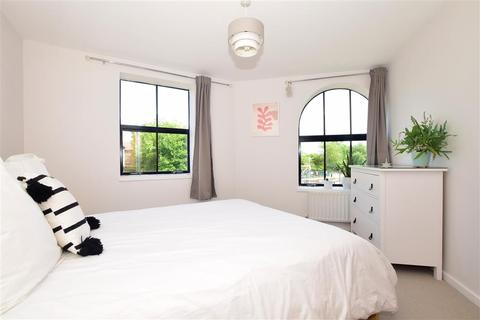 2 bedroom ground floor flat for sale - Whitefriars Wharf, Tonbridge, Kent