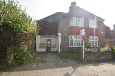 3 bedroom semi-detached house to rent - Foxglove Street, London