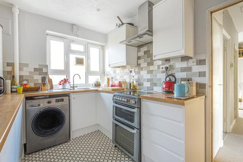 2 bedroom apartment for sale - Abbess Close, Tulse Hill, London, SW2