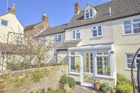 4 bedroom cottage for sale - Abbey Street, Kingswood, WUE, GL12