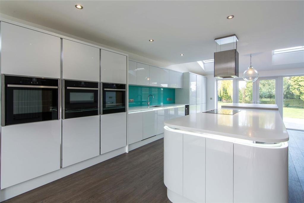 Open Plan Dining / Living Kitchen