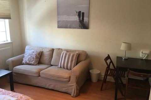 Studio to rent - Orsett Terrace, Bayswater, Paddington, London  W2