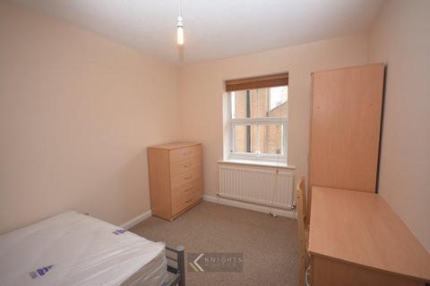 6 bedroom house to rent - Jessie Terrace, Southampton SO14