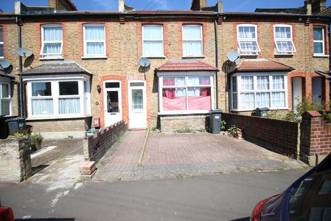 Search 4 Bed Properties To Rent In Hounslow South ...