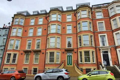 2 bedroom flat for sale - Prince Of Wales Terrace, Scarborough