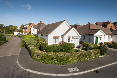 2 bedroom detached bungalow for sale - Charing Green, Charing