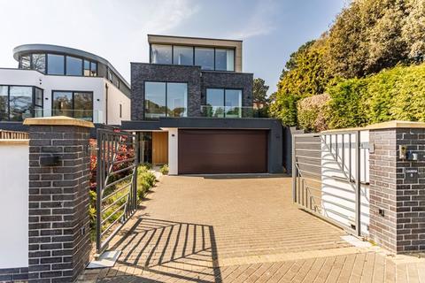 4 bedroom detached house to rent - Minterne Road, Poole